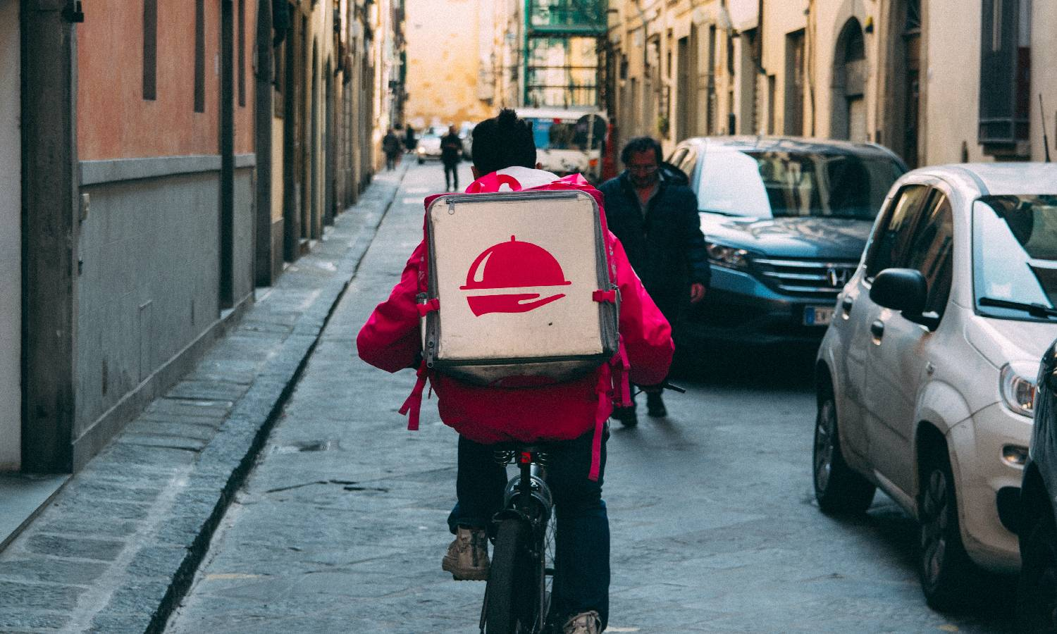 Effective Ways to Minimize Problems In The Food Delivery Industry