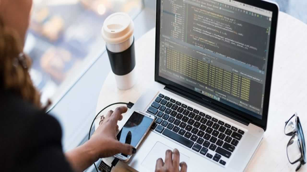 6 Collaborative Coding Tools for Remote Pair Programming